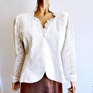 White Lace Evening Jacket Size 8/10